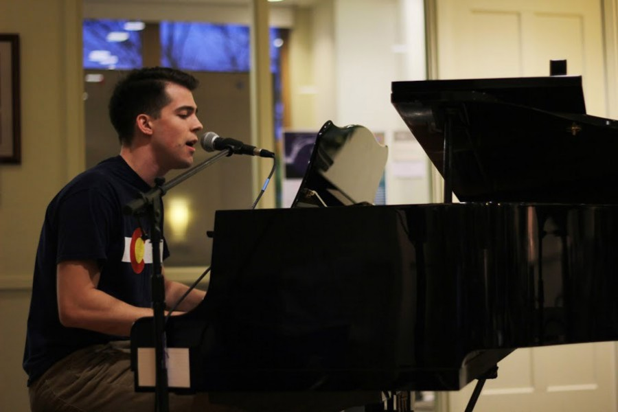 A student performs in Commons Living Room during the biannual Open Airwaves event March 10.