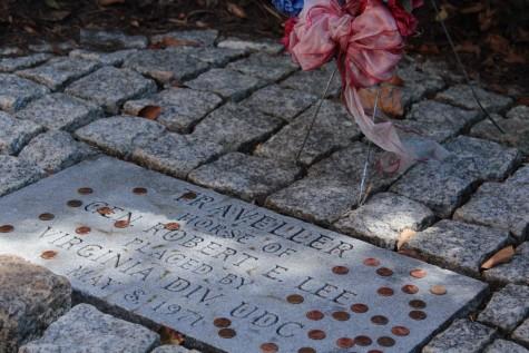 Traveller's gravestone