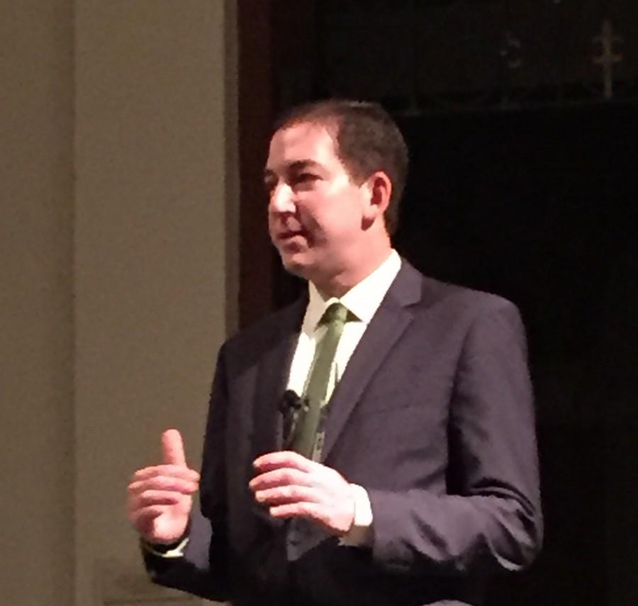 Journalist+Glenn+Greenwald+calls+for+end+of+mass++surveillance+in+talk