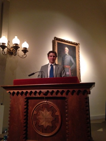Alec Ross speaking in Lee Chapel on March 14. Photo by Jack Anderson '16.