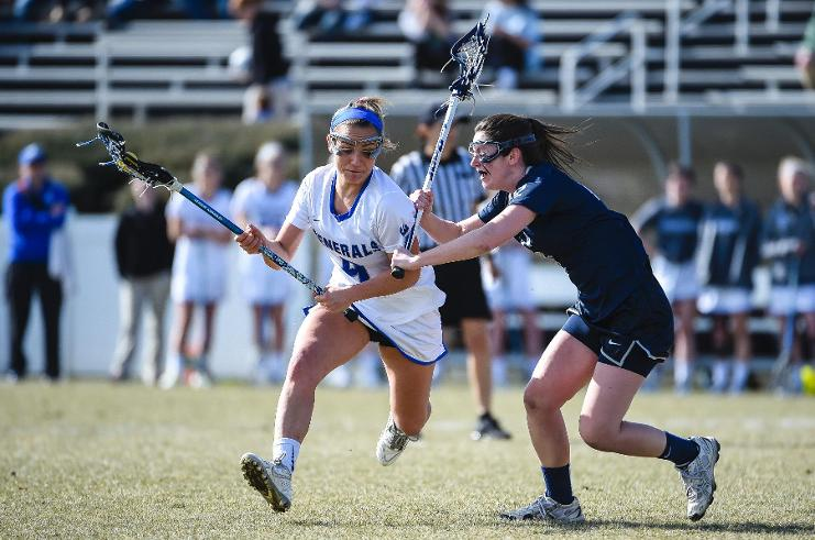 Jess Castelo, '18, scored the game-winning goal in overtime against Catholic. Photo courtesy of W&L Sports Info.