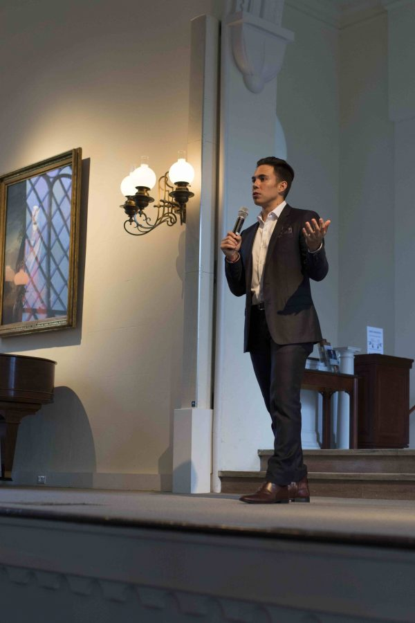 Ohno shared his story in Lee Chapel on Tuesday. Photo by Ellen Kanzinger, '18