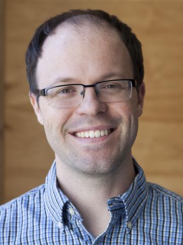 Professor Mark Coddington. Photo courtesy of Washington and Lee University website.