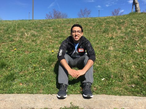 Rafay Hassan, '22, volunteered with Rockbridge Area Relief Association during the two-week recess. Photo by Hannah Denham.