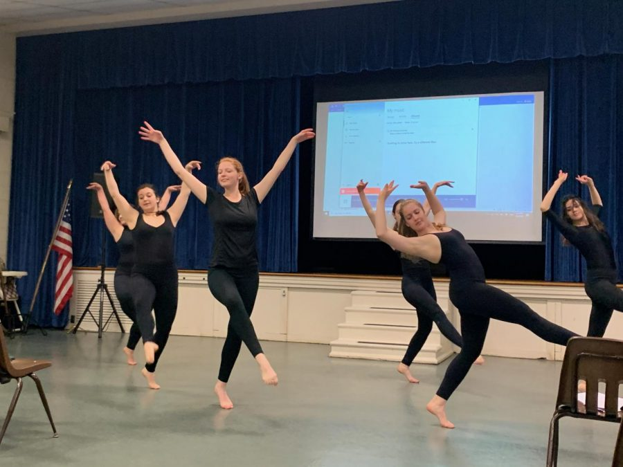 The Washington and Lee Repertory Dance Company performs in honor of women. Photo by Mary Alice Russell.