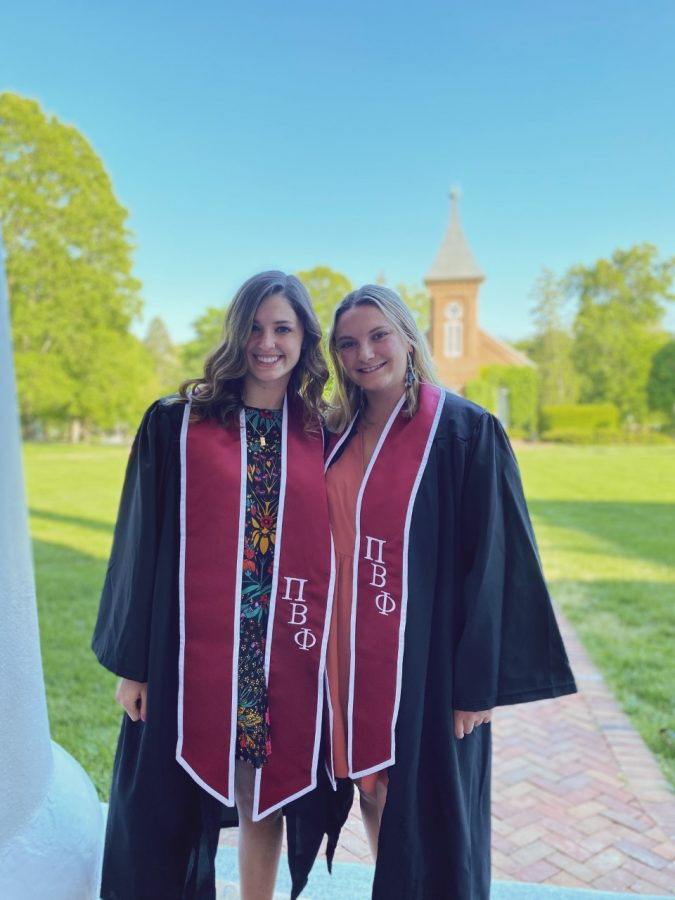 Charlie Radcliffe (left) and Caroline Buckley (right) took early graduation photos on the Colonnade. Photo courtesy of Charlie Radcliffe.